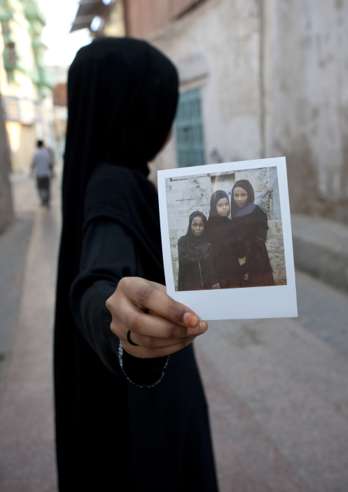 Somali refugee girl in jeddah, Saudi arabia