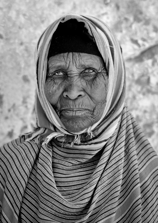 Portrait of a thoughtful senior wrinkled woman, Degehabur area, Somaliland
