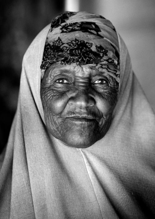 Portrait of a senior wrinkle skinned woman,  Hargeisa, Somaliland