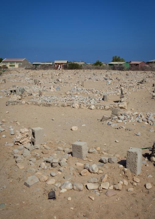Pile of white stones around muslim graves, Berbera area, Somaliland