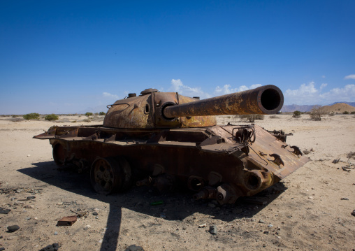 Abandoned sovietic tank in the desert, Near berbera, Somaliland