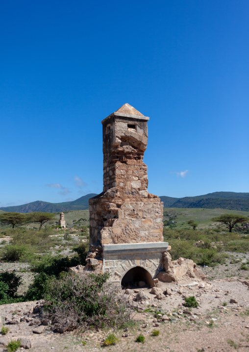 A stone chimney from the ruins of a british colonial house, Togdheer, Sheikh, Somaliland