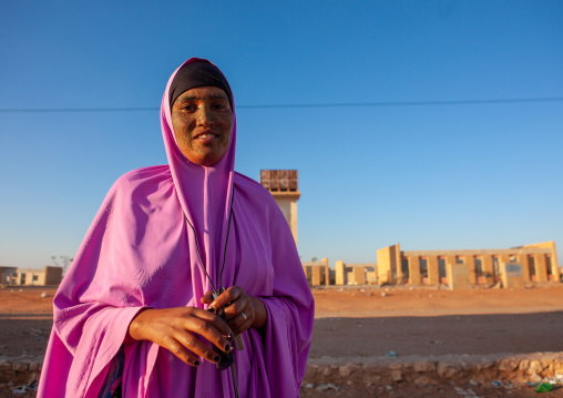 Portrait of a somal girl with qasil on her face, Togdheer region, Burao, Somaliland