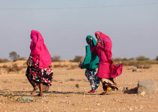 Somali teenage girls in an arid area, Woqooyi Galbeed province, Baligubadle, Somaliland