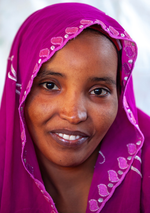 Portrait of a smiling somali woman, Woqooyi galbeed region, Hargeisa, Somaliland