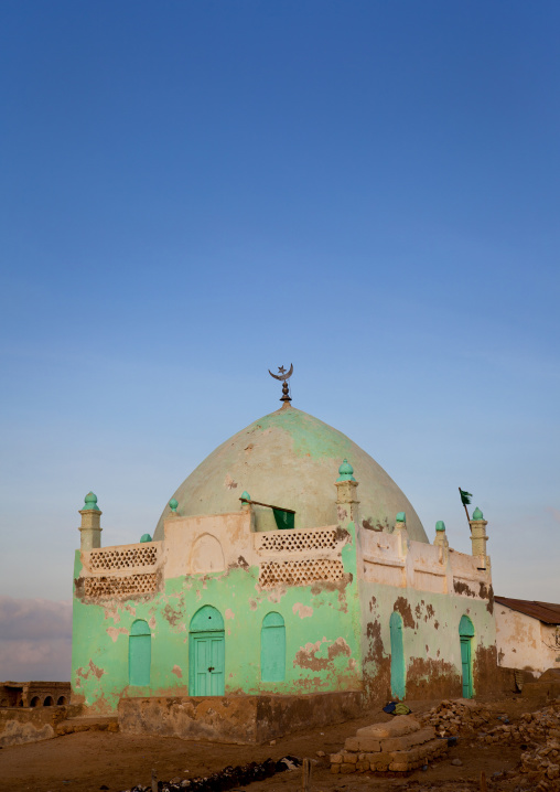 Old muslim grave with half painted walls, Zeila,  Somaliland