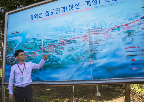 South Korean guide showing a Dorasan map area, North Hwanghae Province, Panmunjom, South Korea