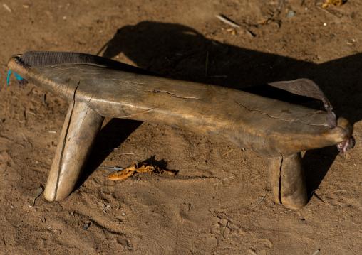 Wooden pillow from Mundari tribe, Central Equatoria, Terekeka, South Sudan