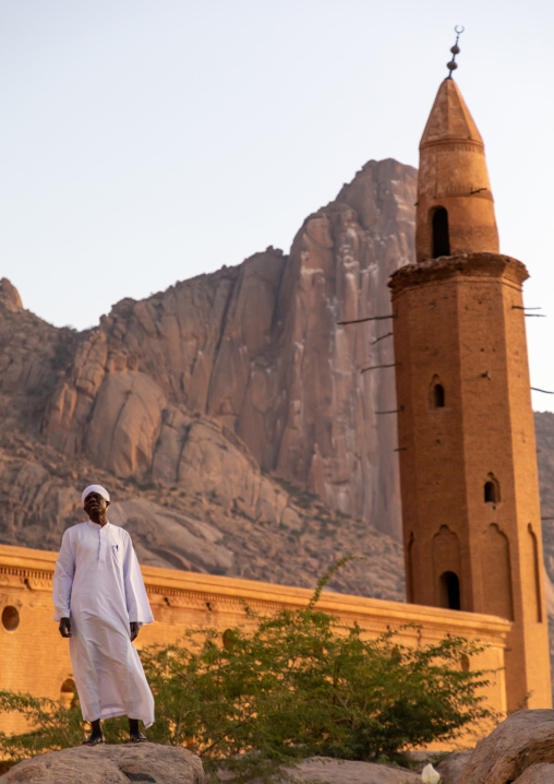 Muezzin making the call to prayers in front of Khatmiyah mosque at the base of the Taka mountains, Kassala State, Kassala, Sudan
