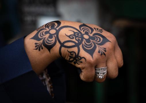 Woman hand painted with henna, Khartoum State, Khartoum, Sudan
