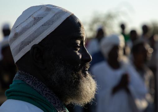 Sufi man during the friday celebration at sheikh Hamad el Nil tomb, Khartoum State, Omdurman, Sudan