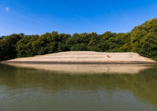 Sand bank of river Nile, Northern State, El-Kurru, Sudan