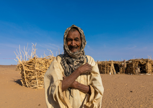 Old bedouin man in Bayoda desert, Northern State, Bayuda desert, Sudan