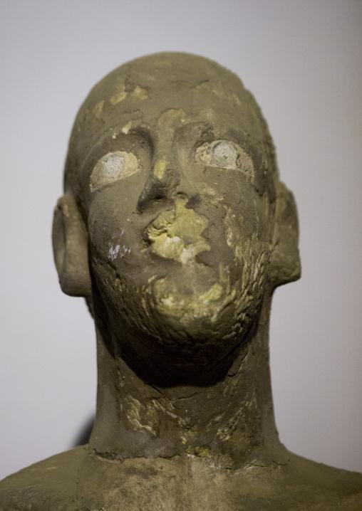Sudan, Khartoum State, Khartoum, head sculpture at the national museum of sudan