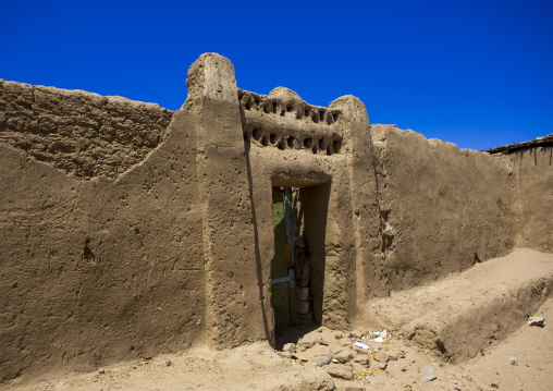 Sudan, Northern Province, Gunfal, traditional nubian architecture of a doorway