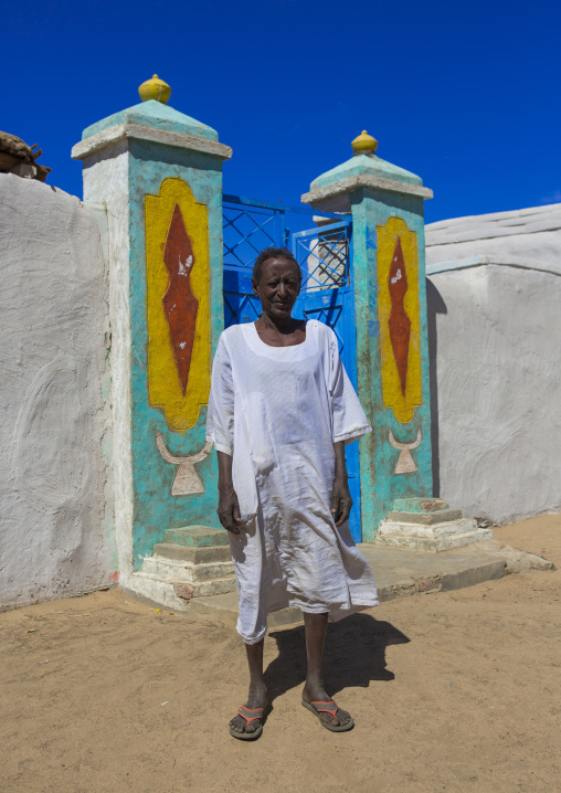Sudan, Northern Province, Gunfal, nubian man standing in front of his house