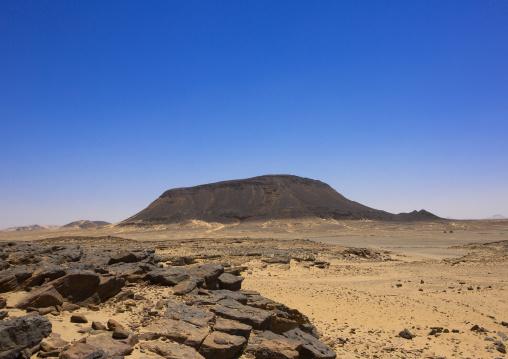 Sudan, Kush, Bagrawiyah, mountain in bagrawiyah desert