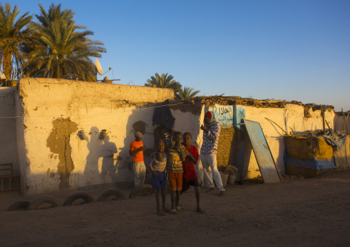 Sudan, Nubia, Tumbus, kids playing in the steret
