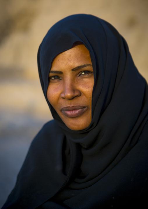 Sudan, Northern Province, Kerma, sudanese woman