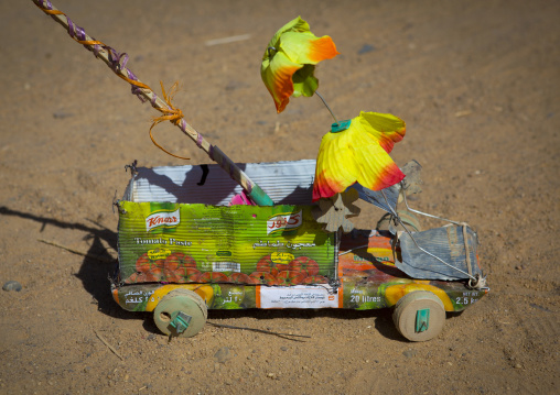Sudan, Nubia, Tumbus, car toy made with cans
