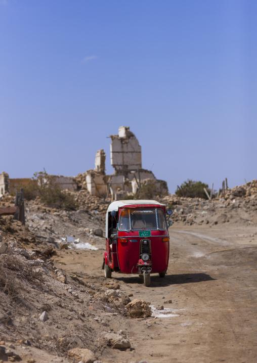 Sudan, Port Sudan, Suakin, taxi in the old town