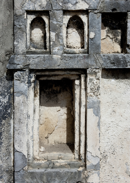 Tomb in the mkumbuu ancient town, Pemba, Tanzania