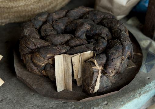 Tobacco on a market, Pemba, Tanzania