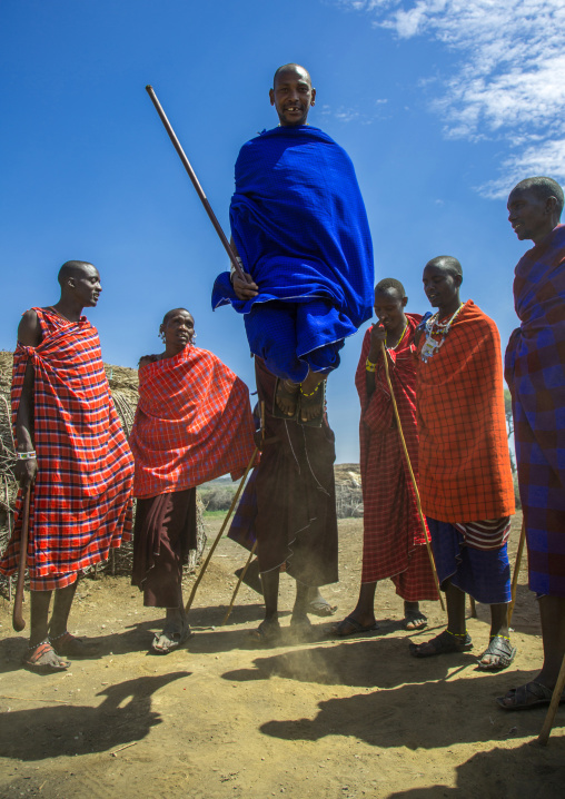 Tanzania, Ashura region, Ngorongoro Conservation Area, maasai men performing the warriors' dance