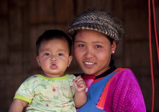Mother and baby, Ban nam rin village, Lisu tribe, Thailand