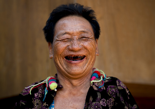 Lahu tribe uncle ja yo in ban bor kai village, Thailand