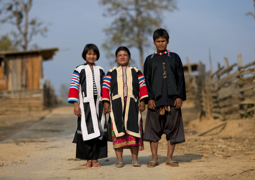 Lahu tribe familywith the mother and her two kids, Ban bor kai village, Thailand