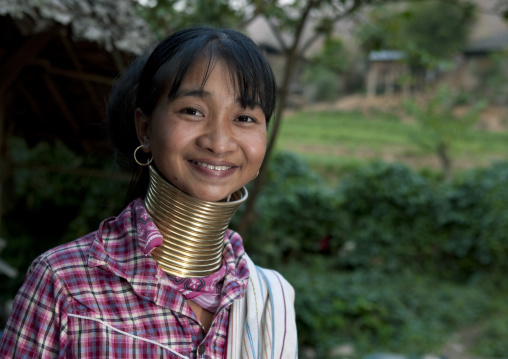 Long neck woman, Near mae hong son, Thailand