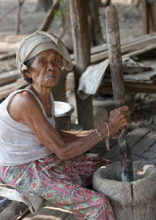 Karen old woman, Thailand