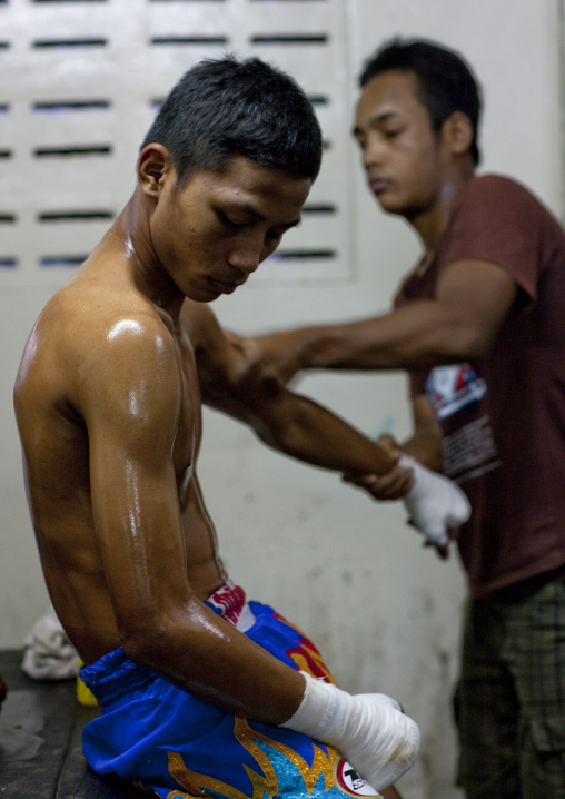 Muay thai boxing massage, Bangkok, Thailand
