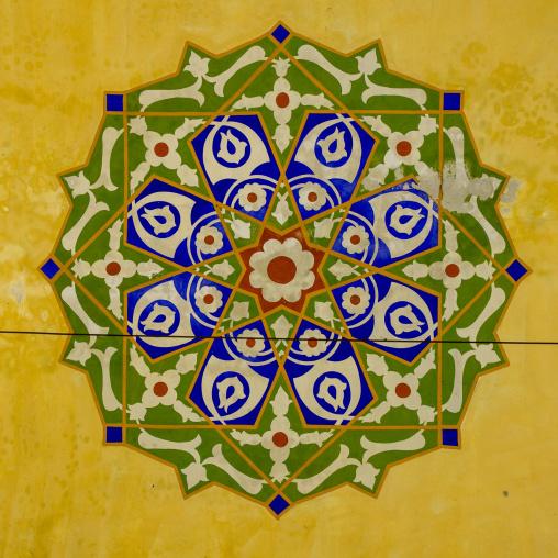 Mosaic pattern with ceramic tiles, Beyazit, istanbul, Turkey