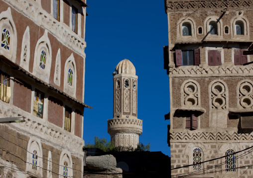 Traditionally Decorated Buildings And Minaret In The Old Town Of Sanaa, Yemen