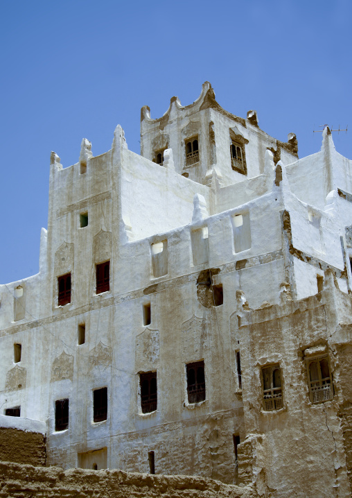 Old White Painted Palace, Hadramaut, Yemen