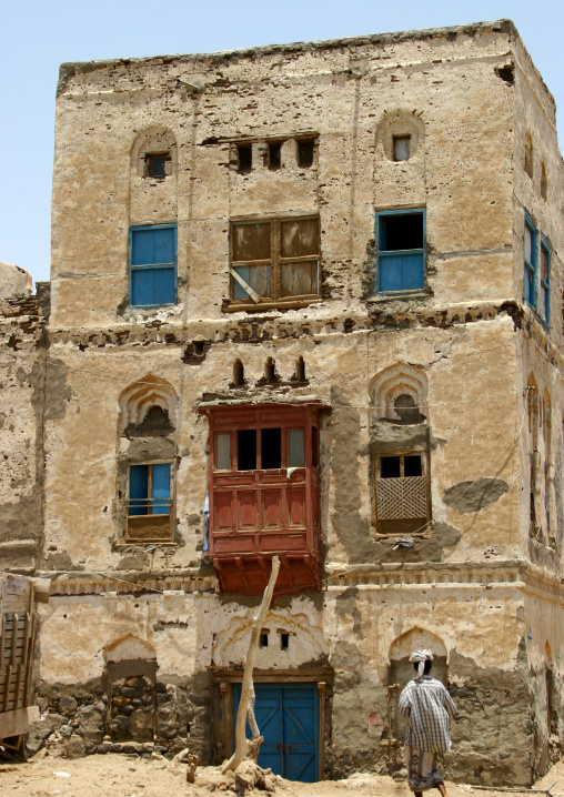 Old Two Storey House With Red Mashrabiya, Mocha, Yemen