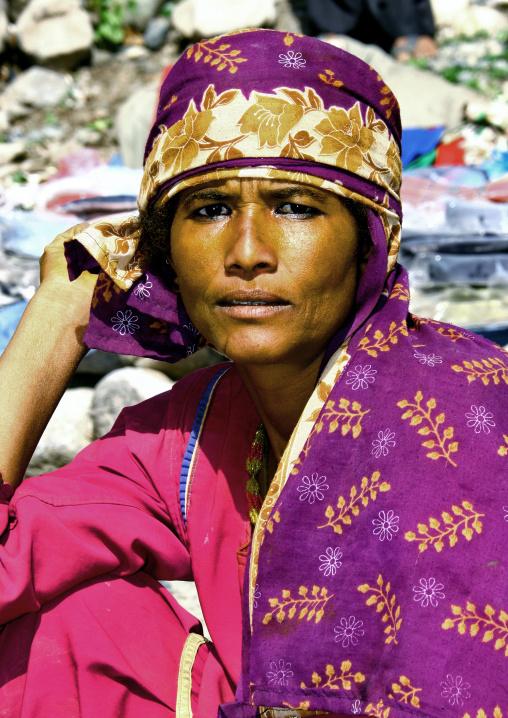 Strong Eyed Yemeni Woman Dressed In Bright Colours, Taiz, Yemen