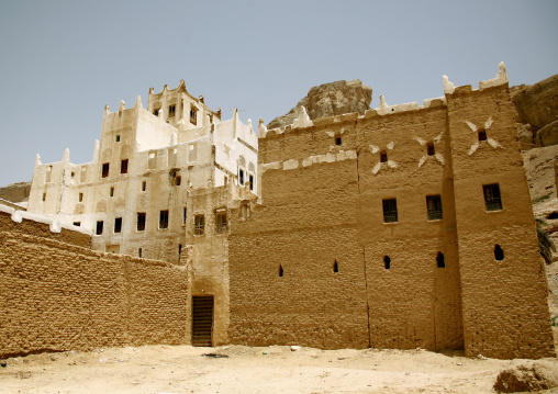 View Of A Traditional Adobe House, Hadramaut, Yemen