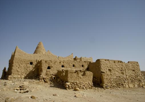 Adobe Mosque In The Desert, Shabwa, Yemen